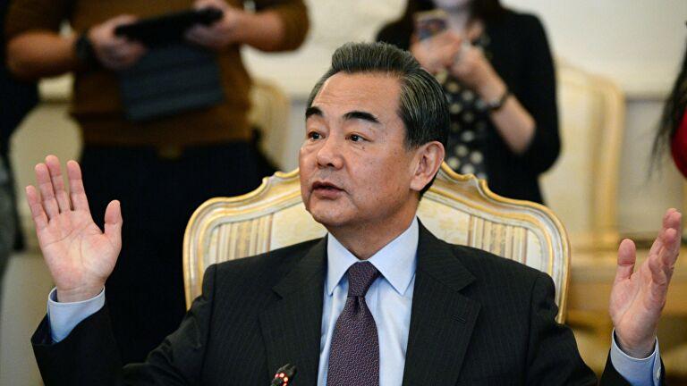 Глава МИД Китая прокомментировал иски США из-за пандемии