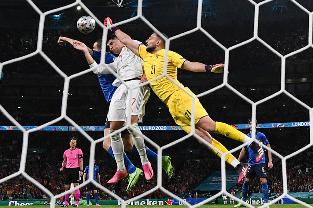 Испания отомстит Италии за Евро, Бельгия и Франция доиграются до пенальти, а Парагвай притормозит Аргентину