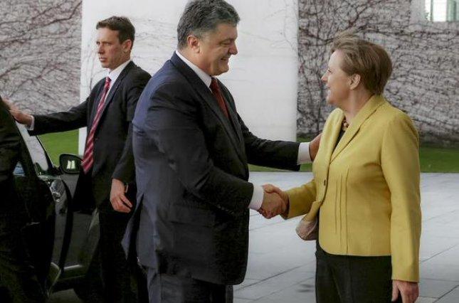 Меркель иОбама обвинили Сирию и Российскую Федерацию в несоблюдении перемирия вСирии