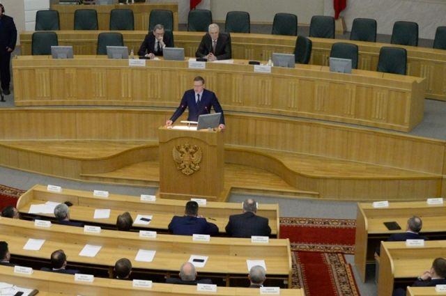 Врио губернатора желает развернуть миграционные потоки вОмской области