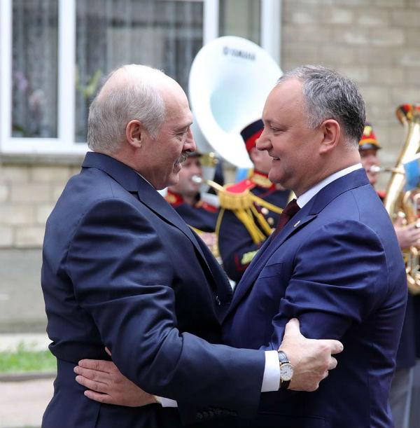 Додон желает, чтобы вМолдове была «диктатура, как вБеларуси»