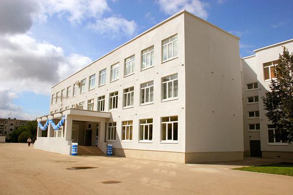 СМИ говорили о задержании директора гимназии №1 вСамаре