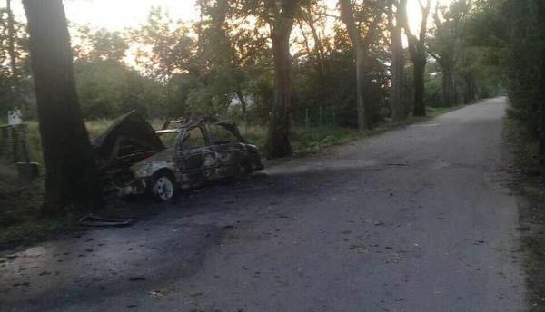 ВГурьевском районе шофёр VW находу выпрыгнул изгорящего автомобиля