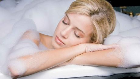 Горячая ванна помогает замедлить процесс старения
