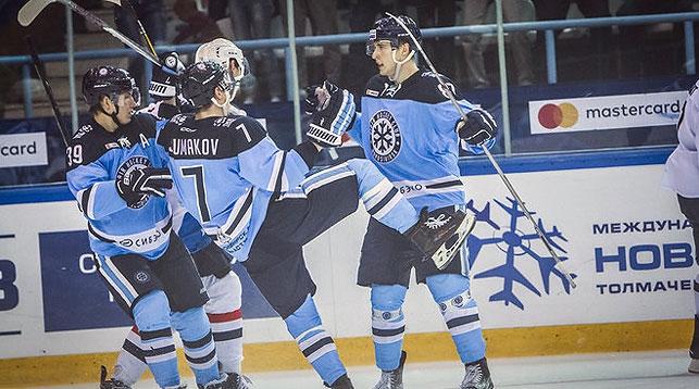ХК «Барыс» одержал первую победу вновом сезоне КХЛ