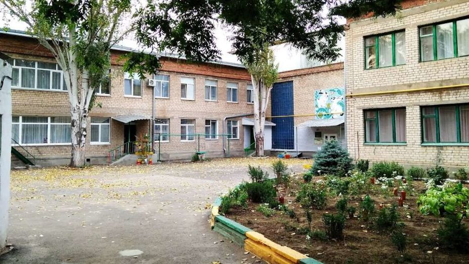 Падение девочки из окна детсада в Талдыкоргане: ребенка на подоконник поставила сотрудница