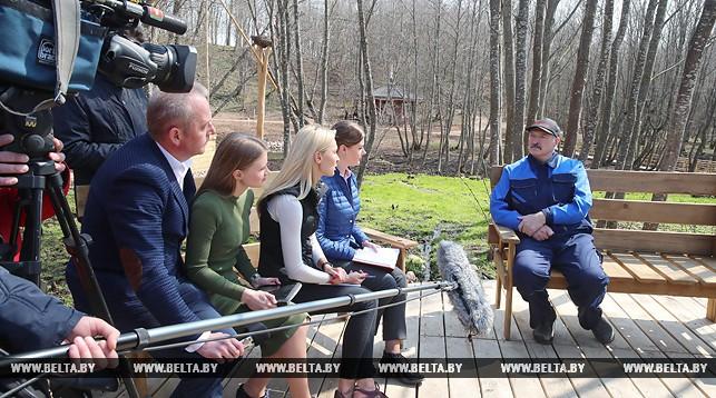 Лукашенко желает приучить белорусов пить по-европейски
