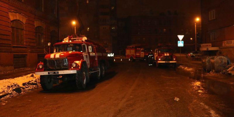 ВКиеве вспыхнул крупный пожар наодной изТЭЦ