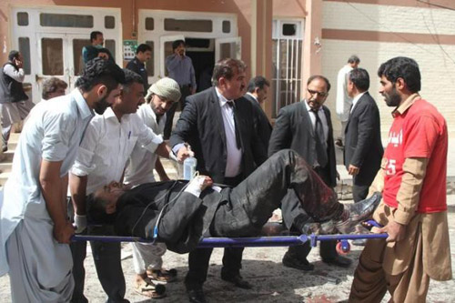 Число погибших взрыва вПакистане превысило 90 человек