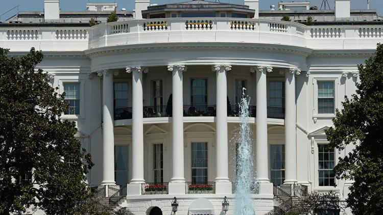 Обама болеет за триумф Трампа напосту президента США