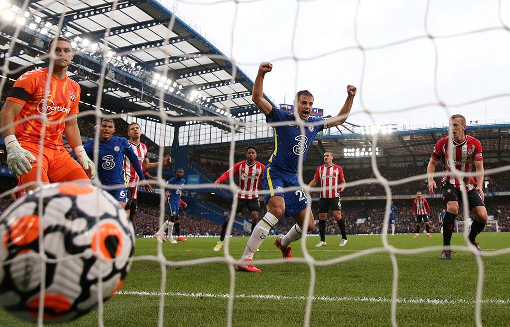 «Челси» обыграл «Саутгемптон», забив два гола в концовке матча