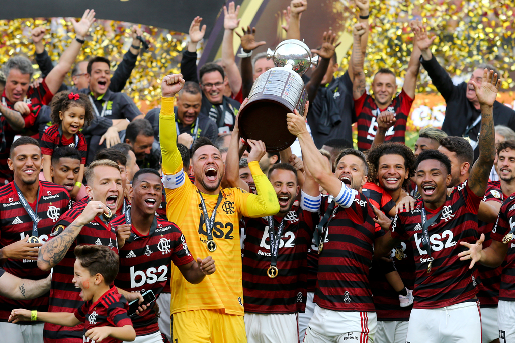 """Бразильский """"Фламенго"""" стал первым финалистом клубного чемпионата мира по футболу в Катаре"""