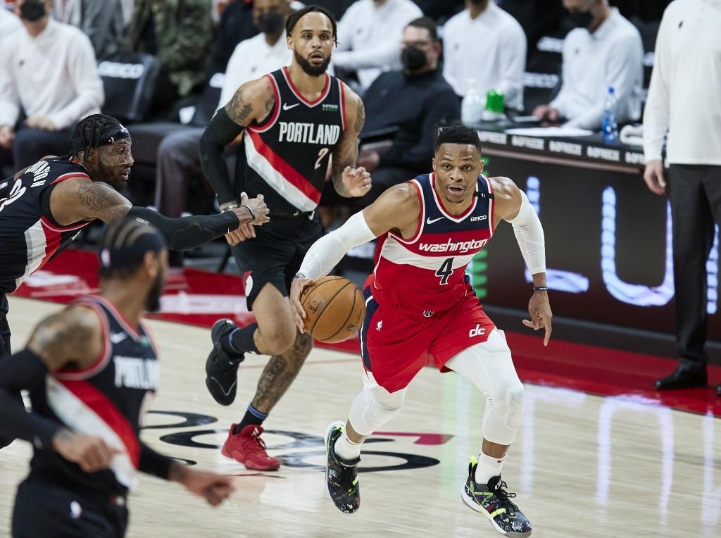 Трипл-дабл Уэстбрука помог «Вашингтону» обыграть «Портленд» в матче НБА