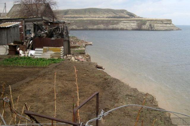 Граждан села Горноводяного переселят изаварийных домов раньше доэтого очереди