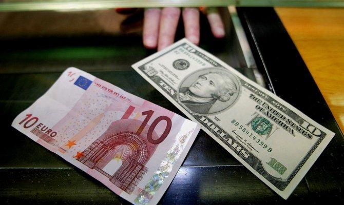 Доллар иевро наММВБ взлетели доновых максимумов за13 месяцев