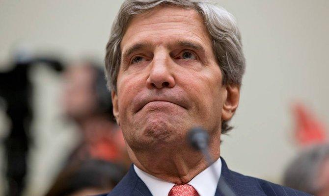 Керри пригрозил Венесуэле скорым введением санкций