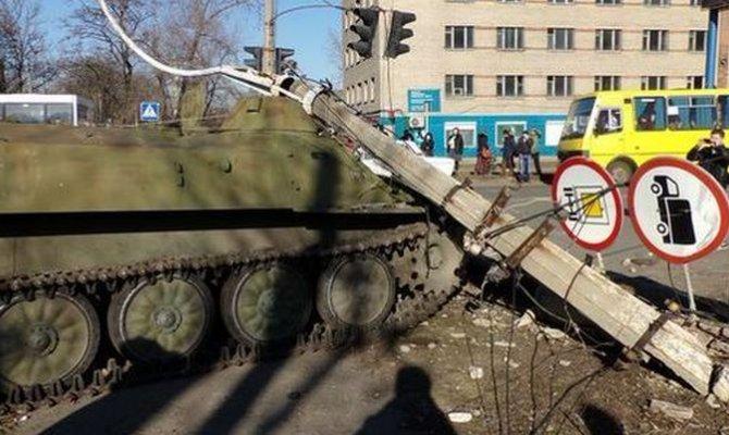 В Константиновке боевая машина смертельно травмировала девочку