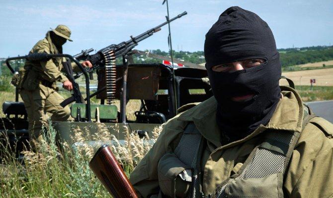 Жители села на Киевщине купили и отправили на Донбасс для украинских бойцов уже четвертый внедорожник - Цензор.НЕТ 5594