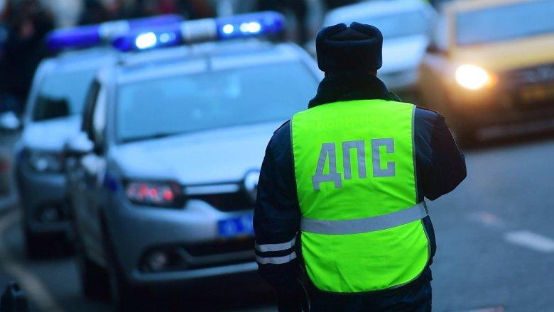 ВВолгограде иностранная машина протаранила КамАЗ: погибла 37-летняя автоледи
