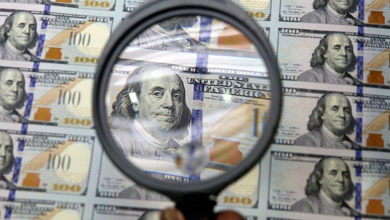 ЦБ ухудшил свой прогноз по оттоку капитала из России в 2020 году