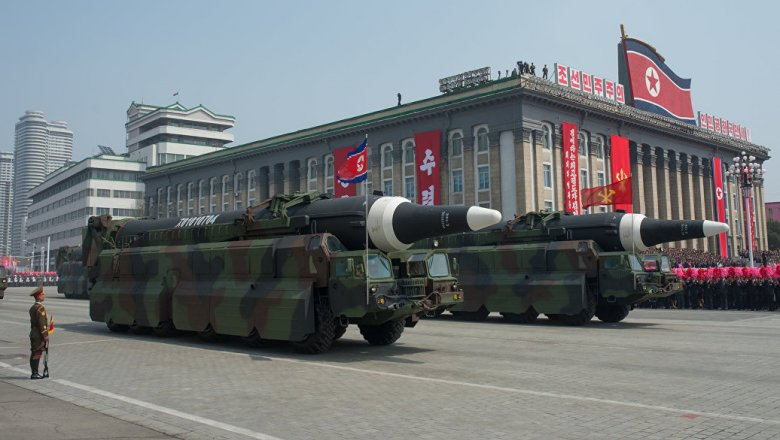 Северная Корея провела масштабные учения вчесть 85-летия собственной армии