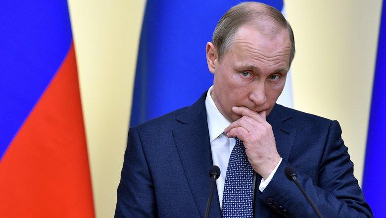 Путин сравнил дающих микрокредиты с«бабушкой изДостоевского»