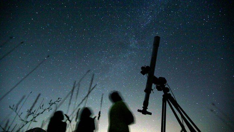Граждане Подмосковья смогут наблюдать пик метеорного потока вночь на6мая