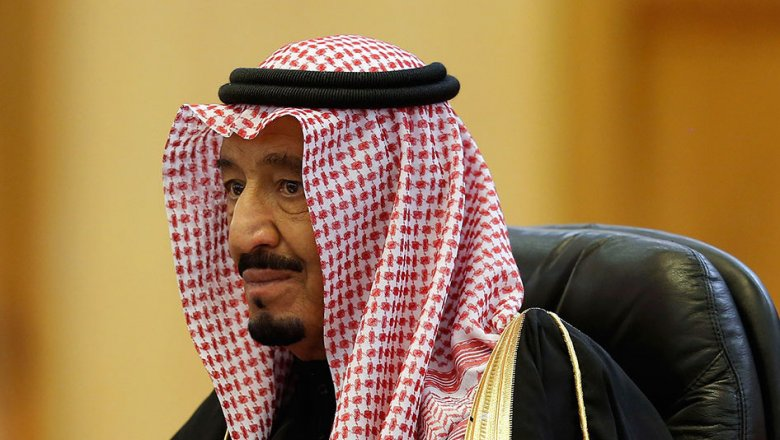king abdul aziz al saud Saudi king abdullah bin abdul aziz al saud took power at the beginning of 1996, after his half-brother, king fahd, suffered a massive stroke abdullah acted as regent for his brother for.