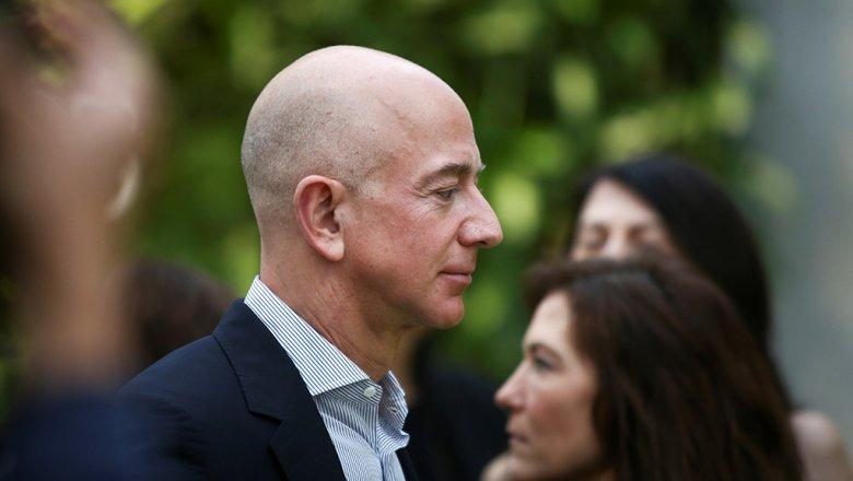 WSJ передала , что компромат на руководителя  Amazon реализовал  брат его любовницы