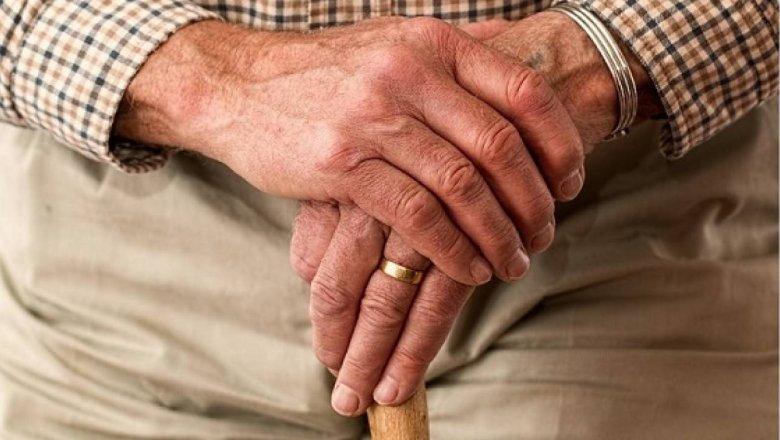 Можно ли раньше получить пенсию пенсионный вклад сбербанка россии сохраняй