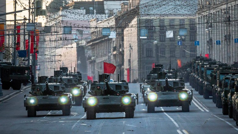 Британская агентура восхитилась русским танком Т-14 «Армата»