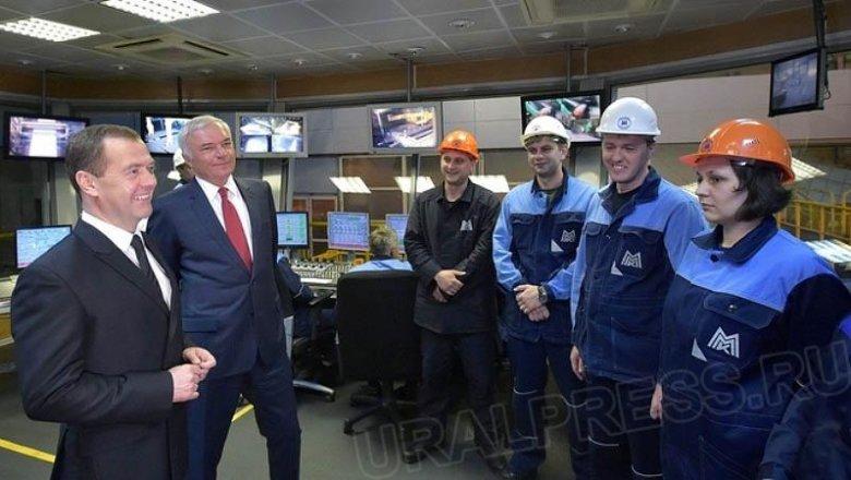 Дмитрий Медведев ознакомился с работой Магнитогорского металлургического комбината