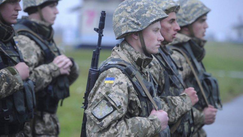 Штаб АТО: НаДонбассе умер боец ВСУ, двое ранены