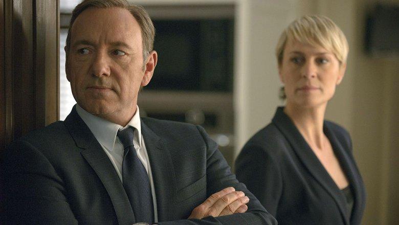 Netflix остановила съемки шестого сезона «Карточного домика» из-за ситуации сКевином Спейси