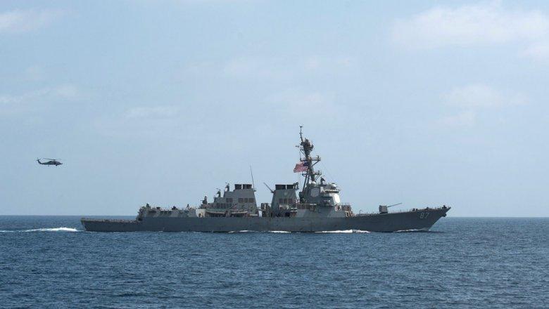 Американский эсминец в 3-й раз занеделю обстрелян стерритории Йемена