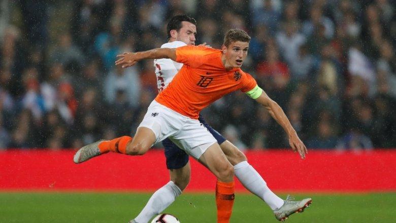 Голландия футбол премьер лига [PUNIQRANDLINE-(au-dating-names.txt) 42