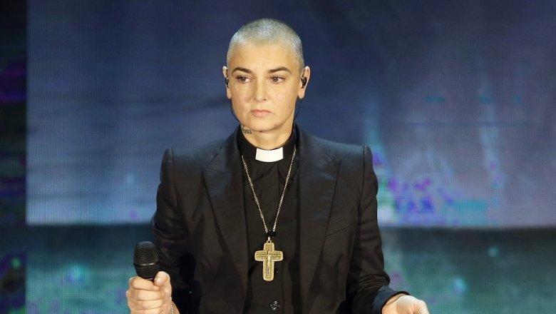 Эстрадную певицу Шинейд О'Коннор госпитализировали после просьбы опомощи