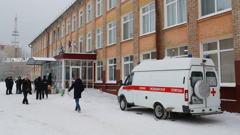 ВПерми после инцидента споножовщиной временно закрыли школу