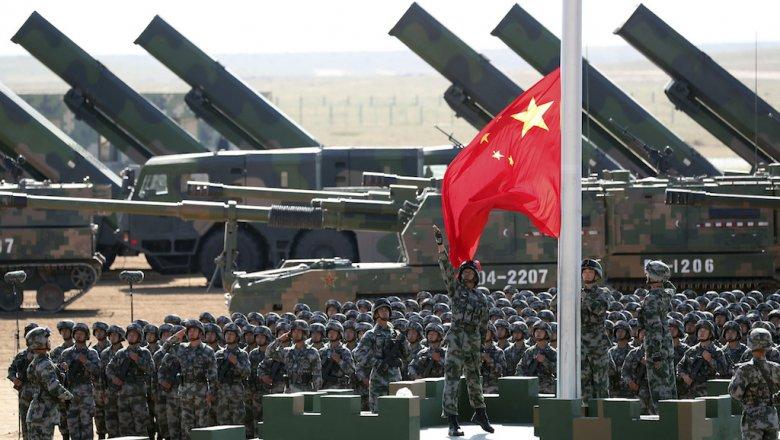 КНР  презентовал  новейшую  баллистическую ракету навоенном параде