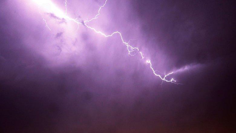 Жительница Татарстана погибла отудара молнии