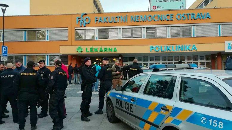 Устроивший стрельбу в чешской больнице покончил с собой