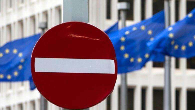 Могерини: ЕСпродолжит санкционное давление наРФ всвязи саннексией Крыма