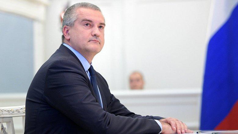 Аксёнов объявил онеобходимости внести энергоблокаду Крыма вучебники поистории