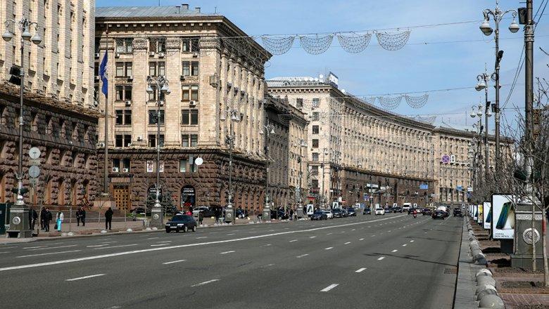 Всвязи сДнем защитника Украины наКрещатике перекроют транспортное движение
