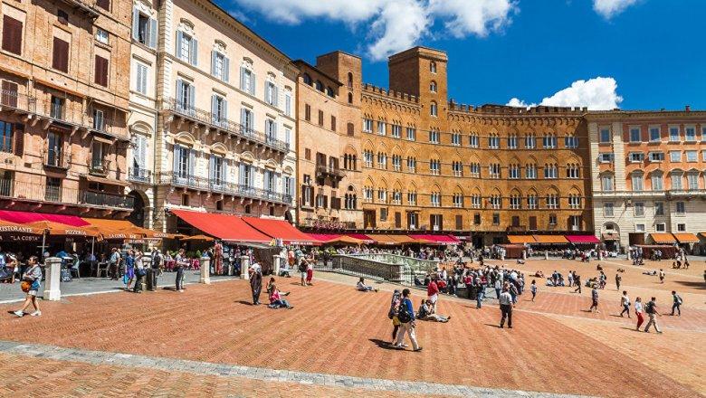 Итальянские супруги официально усыновили 32-летнего белоруса