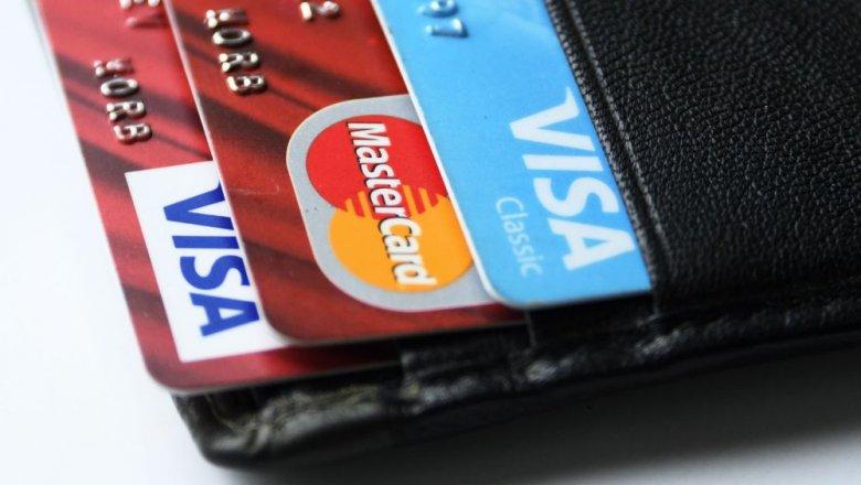Банки, работающие в платежной системой Visa, будут выпускать новые единые карты