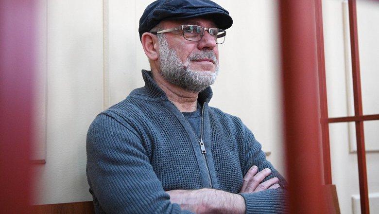 Суд пояснил отказ выпустить изСИЗО экс-директора «Гоголь-центра»