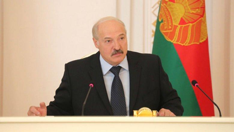 «Коробит, что предприниматели пробуют работать, амыначинаем блох выискивать»— Лукашенко