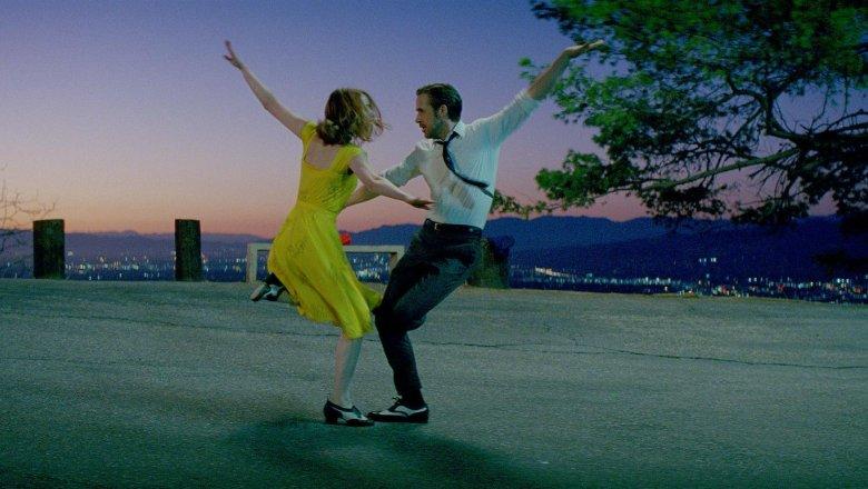 Фильм-мюзикл «Ла-Ла Ленд» назван лучшим фильмом по версии премии Critics' Choice (Видео)