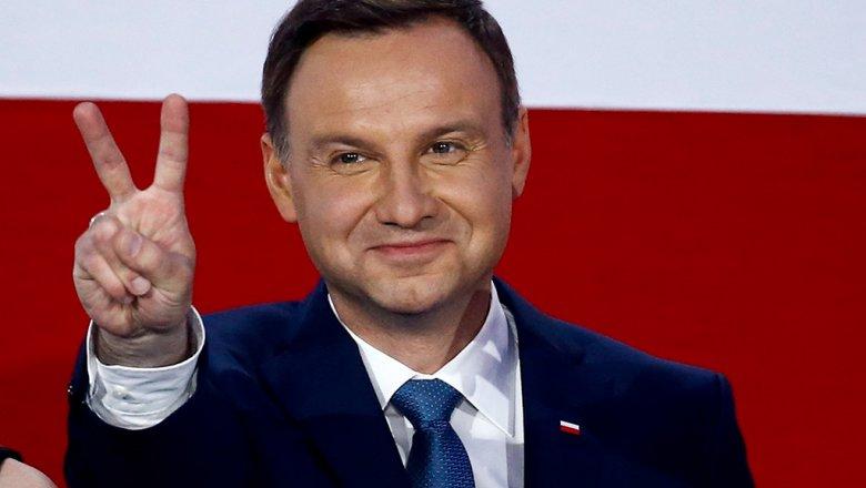 Президент Польши утвердил снос советских монументов в республике